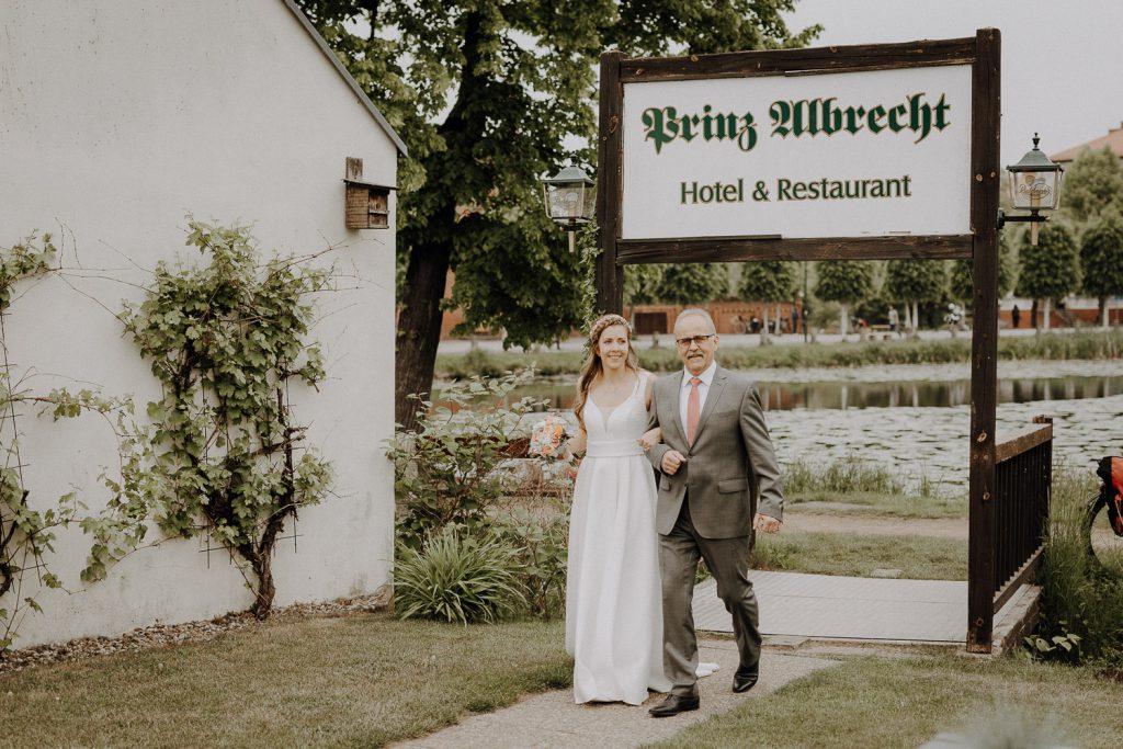 Hochzeitsreportage Freie Trauung Prinz Albrecht