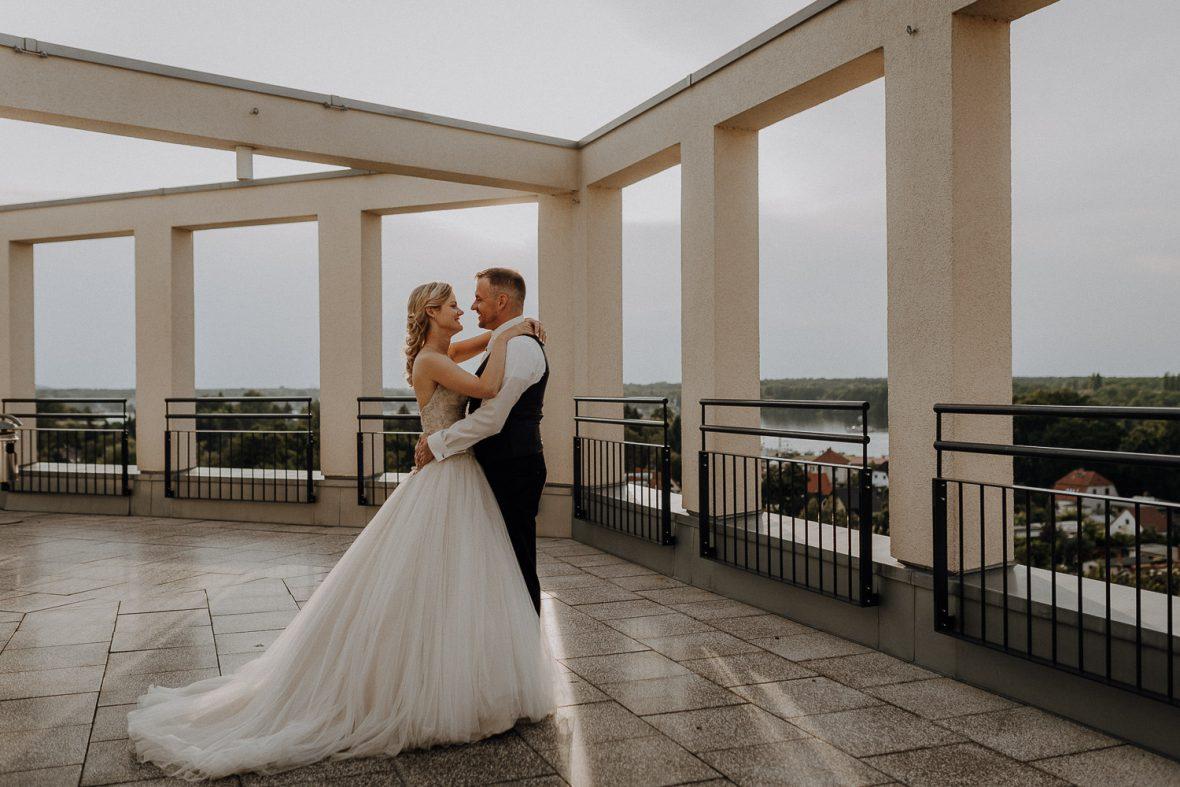 Hochzeitsfotograf im Bildungszentrum Erkner